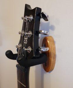 wall mount guitar